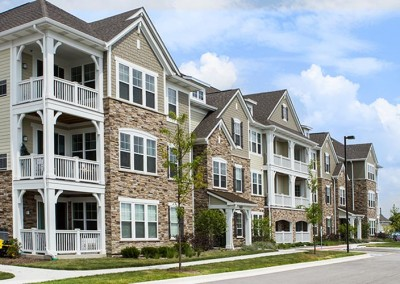 naperville-single-hung-window-project-apartment-complex-1of10